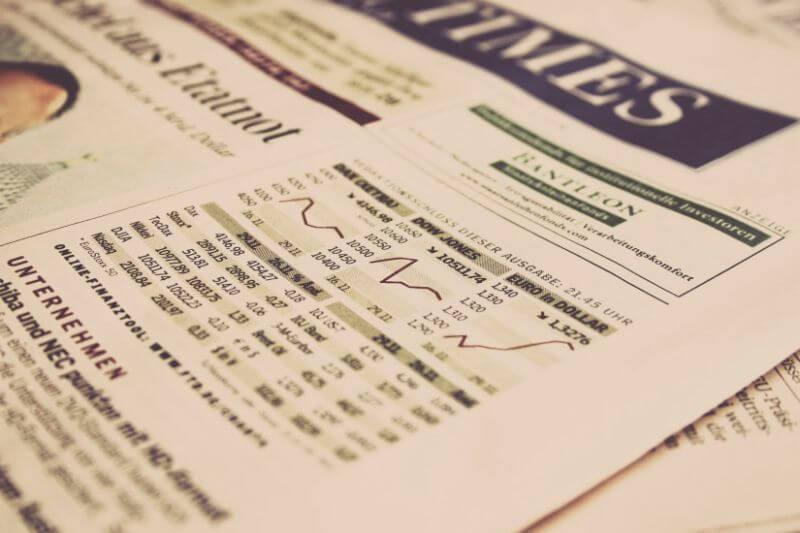 新聞の株価情報