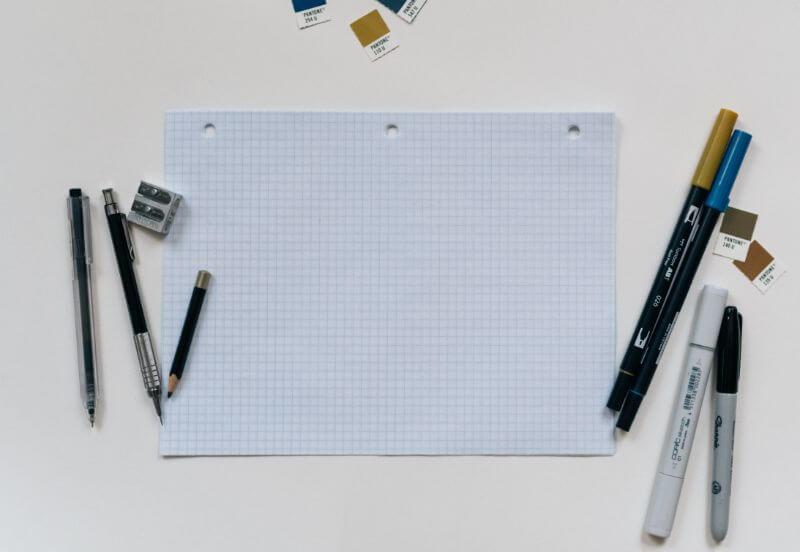 方眼紙、鉛筆と定規
